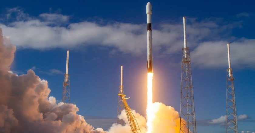 Son dakika… SpaceX ile Nasa'nın ilk insanlı uzay seferi başladı