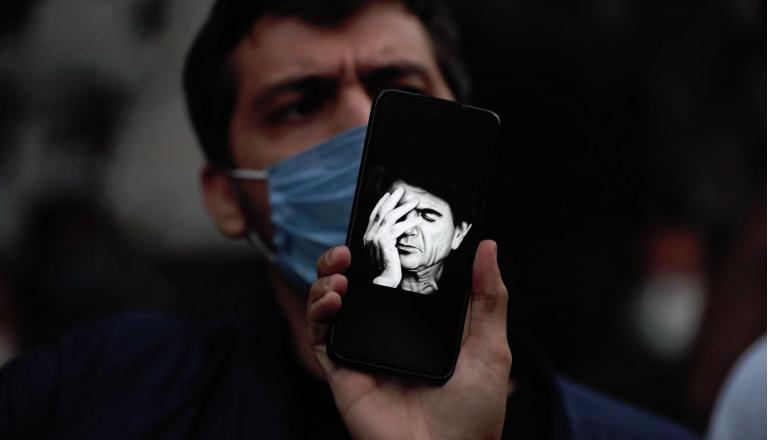 Muhammed Rıza Şeceryan: İran'da saatler durduğunda